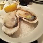 ガンボ&オイスターバー - 生牡蠣