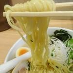 麺屋海神 - 麺    リフト