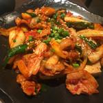 菜々 土古里 - ドュプキムチ ¥880(税抜) 〜豆腐とキムチの炒め物 2017/02/07(火)19:00頃来訪