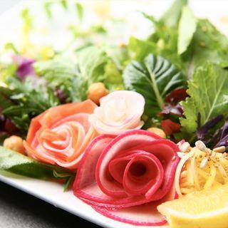 岡山県産有機無農薬野菜のスペシャルサラダ