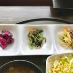 金重 - 小鉢三種【料理】