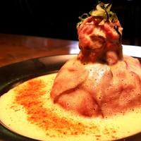 Cave - お肉の旨みが溶け込んだ特製ソースで