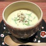 セキ ハナレ - とうもろこしの冷たいスープ