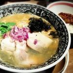 麺肴 ひづき - 限定ラーメン「鶏豚煮干しラーメン」(¥800税別)と「〆の納豆ご飯」(¥100税別)
