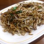 想夫恋 - 料理写真:・焼きそば大盛 1000円(税抜)