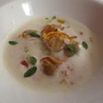 62351917 - 沖シジミ 米や貝の出汁の冷製スープ