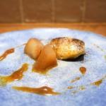 いとう - 洋梨のコンポートと、キャラメルアイス