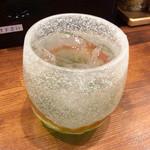 のだ麺 ~縁~ - 「焼酎(芋ロック)」(380円)。