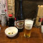 屋台や十八番 - 大瓶ビール550円