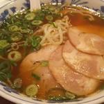 天津閣 - チャーシュー麺500円