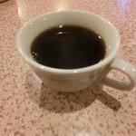 かつ善 - 食後にコーヒーのサービス。