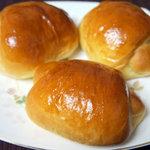 ottoパン - バターロール3個セット(200円)