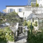 表参道バンブー - 花と緑に囲まれた邸宅レストラン