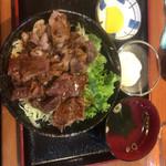 和牛焼肉丼のいち - コンビ丼 温泉たまごトッピング +¥70-(2017.2.9)