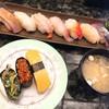 すし道楽 - 料理写真:激安握りランチ(税抜480円)
