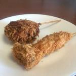 マルニシ - 煮込み椎茸肉詰め串揚げ、エリンギの串揚げ