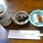 本場讃岐うどん むら泉 - お茶と小鉢◎2010/12