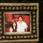 kanakoのスープカレー屋さん - 店に飾ってある大魔神と榎本加奈子の写真