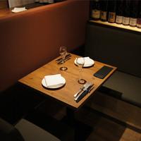2名掛けテーブル席