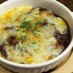 和のごちそう 暖丸 - ビーフシチューのチーズ焼き
