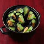 ピンゼ ロカ - ムール&フリット、枝豆スープ