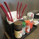 なか卯 - 料理写真:テーブルセット