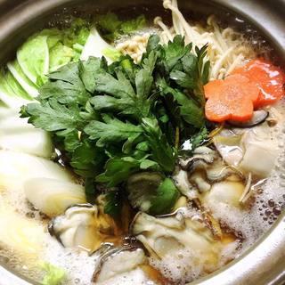 ★〈2月9日〉牡蠣の土手味噌鍋