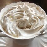 カフェレストアモーレ - ウインナーコーヒー