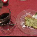 リンコット - 紅茶シフォンケーキとシャーベット、コーヒー。