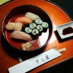 すし慶 - ランチにお寿司をいただきました。