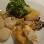 トラットリア・クラウディア - 貝のスモーク4種盛合せ