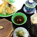 しげちゃん - 天ぷら定食(1050円)単品の場合は840円