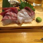 62403743 - マグロ、鯛、ヒラメ、ブリ、一人前ずつ