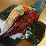 すし・ごはん 馬ん場 - 料理写真:うなぎと穴子のハーフ&ハーフ丼