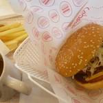 ドムドムハンバーガー - かにクリームコロッケセット