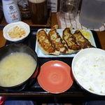 餃子と牛たん 居酒屋おおとら - 大餃子定食(4個) 980円