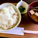 SPOON - ご飯とお味噌汁