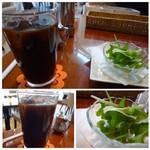 神戸カプチーノ倶楽部  - ◆ドリンクは選べますので「アイスコーヒー」を。普通に美味しいですが、量があるのがいいですね。 ◆ミニサラダ・・リーフのみ。
