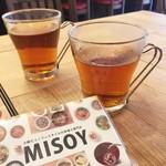 MISOY - お茶はセルフ