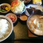 お食事処 きん太 - けんちん定食 810円