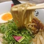 和 dining 清乃 - 平打ちの太めの自家製麺