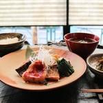 乃木坂 炭 - 当店自慢の煮魚定食