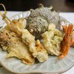 和食処 こばやし - 天ぷら(さざえ、甘えび、舞茸、ふきのとう)