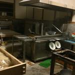 大西麺業 - とっても感じの良い製麺所でした 忙しい朝にありがとうございます