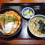 美可月 - 料理写真:かつ丼(大盛り)