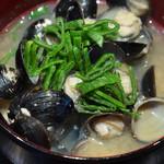 びふてき松江 - シジミ味噌汁