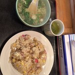 らーめん処よなかそば - 炒飯 500円です スープもたっぷり具だくさんスープです