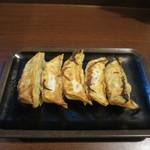 宇都宮餃子館 - 料理写真:宇都宮 健太餃子5個