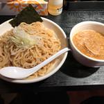 もず次郎 - 料理写真:鶏つけ麺400g 780円(税込)