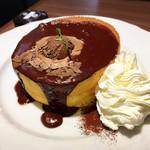 星乃珈琲店 - トリプルチョコレートのスフレパンケーキ